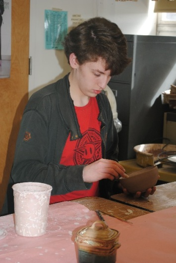 hs-art-club-empty-bowls-bowls-003